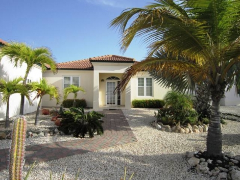 Private Home for Sale in Las Campeonas, Aruba